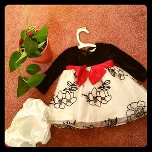3/$25 Youngland 2-pc Formal Dress Size 6-9 months
